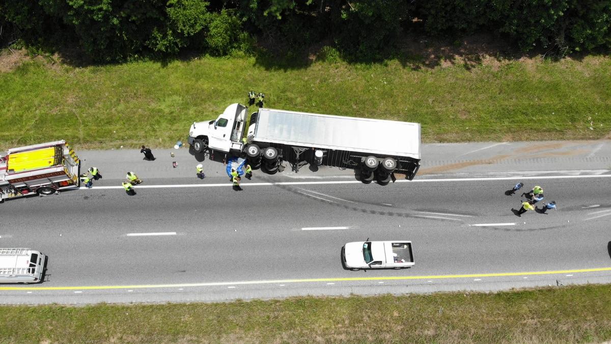 Diesel truck overturns on I-185 in Harris County