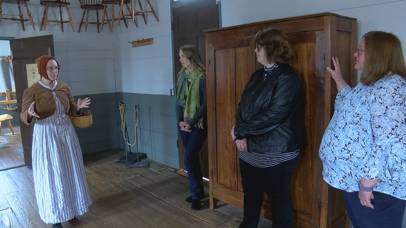 UAH students gave tours at Constitution Hall to celebrate Alabama's bicentennial.
