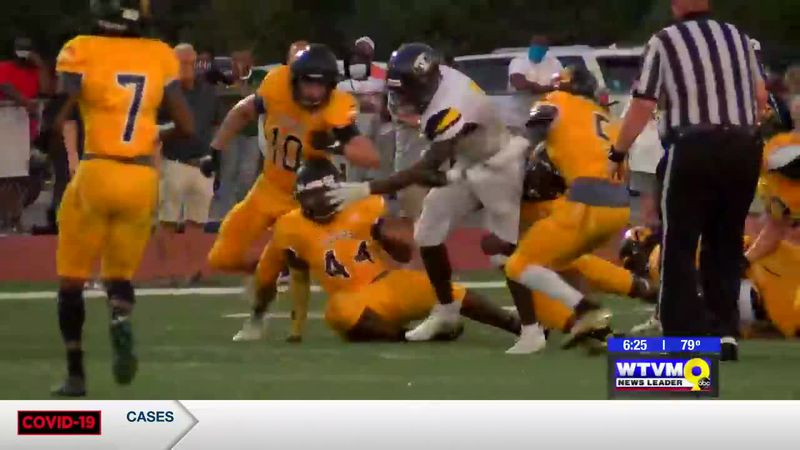 In the Huddle: Harris County Tigers