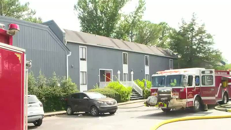 Residents react to several fires at Columbus apartment complex