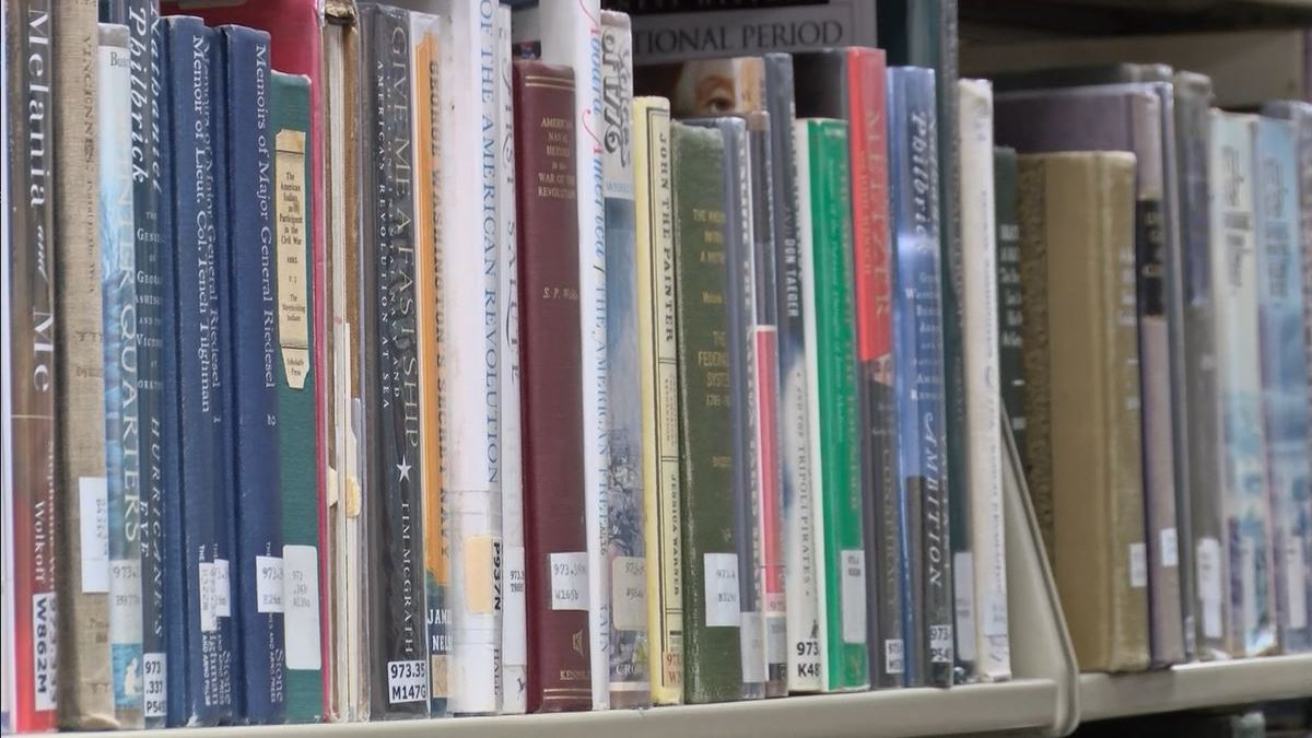 The Opelika Public Library is holding a grand opening this weekend.