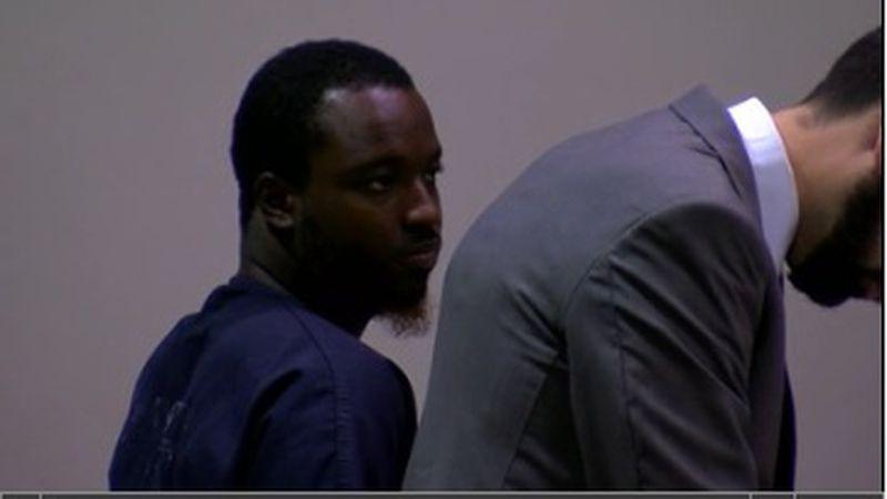 Sex offender accused of exposing himself