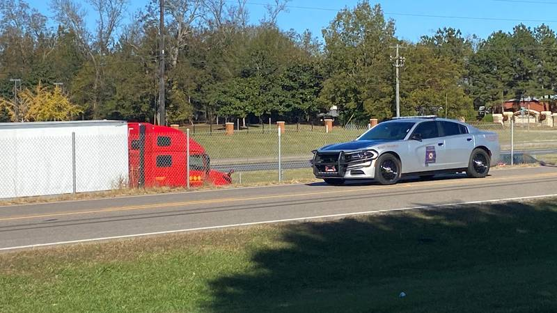 Alabama state troopers want to lower crashes, injuries and fatalities this Thanksgiving.