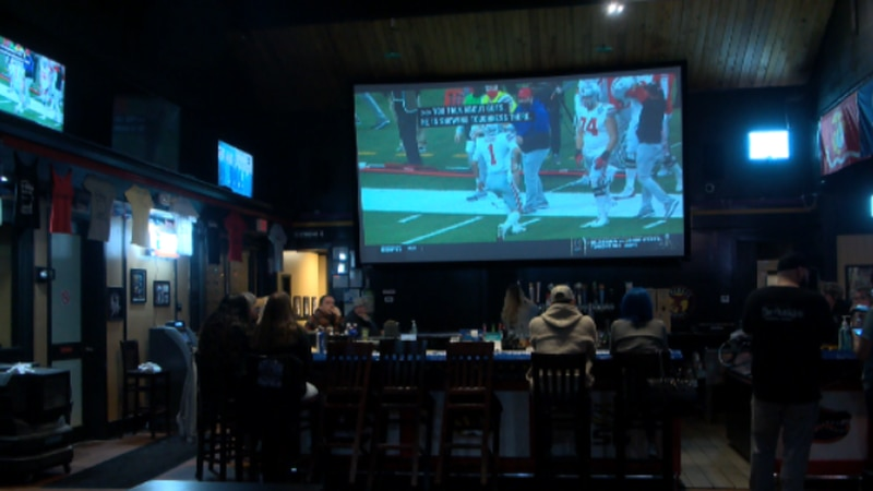 Outskirts Sports Bar & Grill welcomed Alabama fans for the game Mon. night