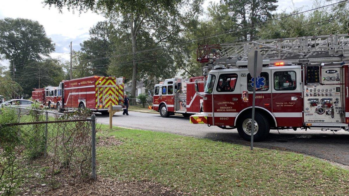 Columbus fire crews battling house fire on Lee St.