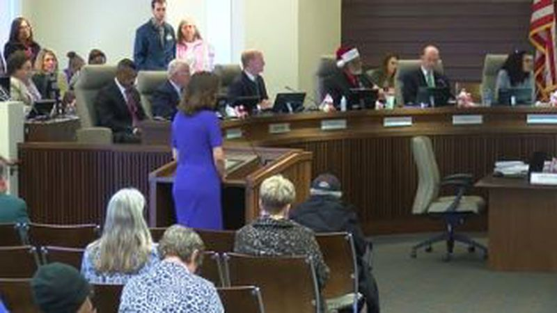 After eight years at the helm, Mayor Teresa Tomlinson conducted her final meeting in the...