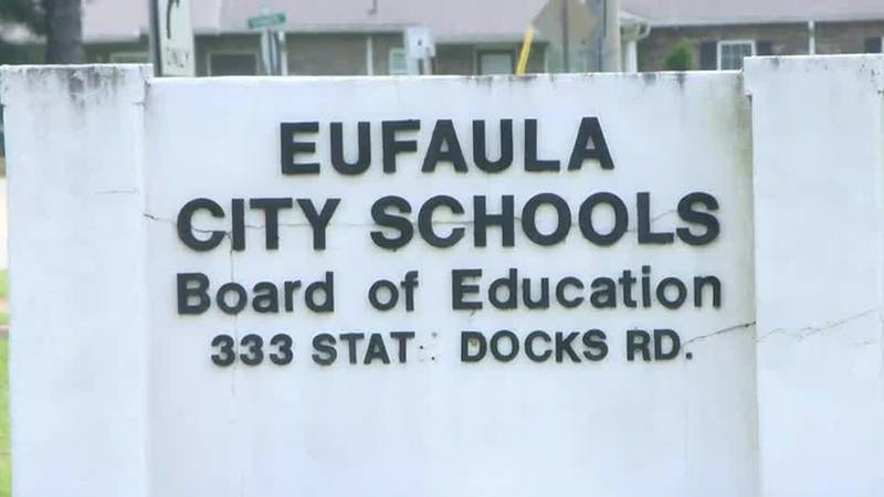 Eufaula school board votes students will not be required to wear masks indoors