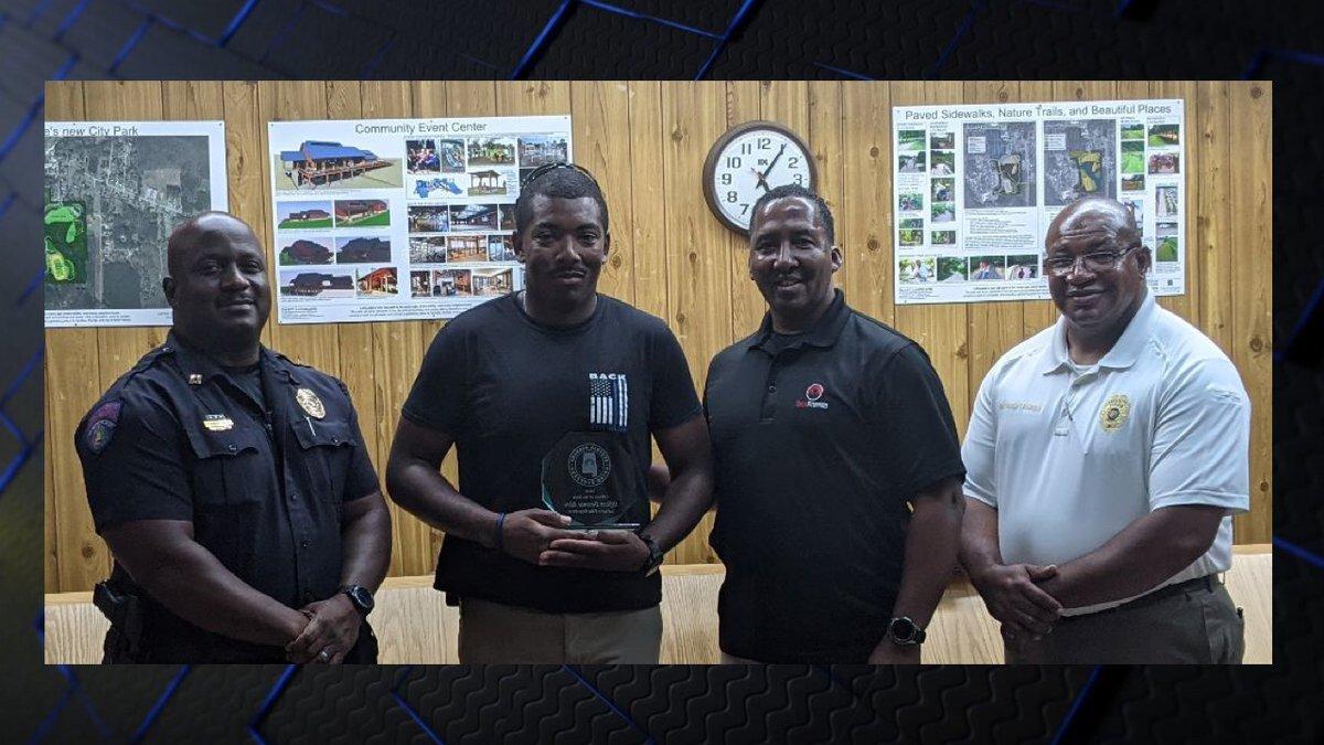 Officer Devonte Allen receives 2020 Officer of the Year award
